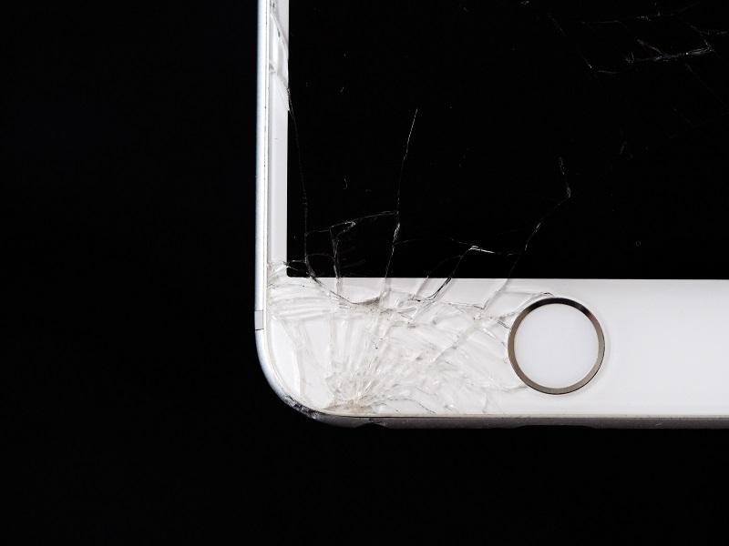 Tvrdené sklo ako základ ochrany mobilného telefónu